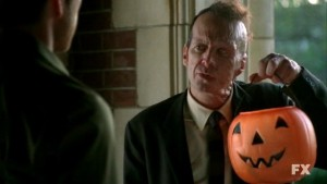 american-horror-story-denis-o-hare-nell-episodio-halloween-part-1-stagione-1-221176