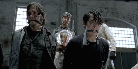 norman-reedus-steven-yeun-the-walking-dead